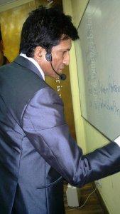 Mr. Anurag Aggarwal giving training at Anurag Aggarwal Institute of Public Speaking, Kamla Nagar-4
