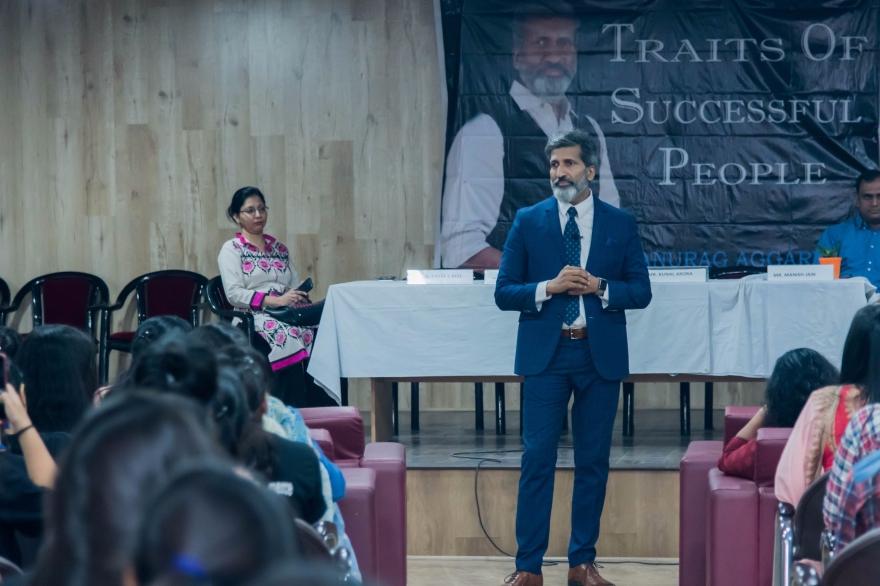 Voice Modulation in Public Speaking   Anurag Aggarwal